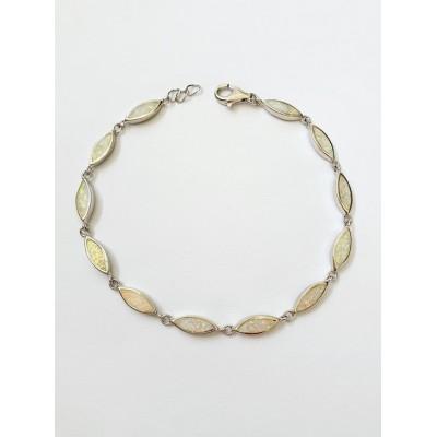 Strieborný náramok s bielym opálom 0014